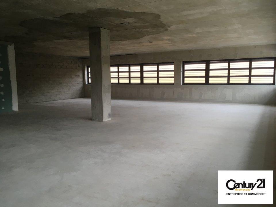 Bureaux à louer - 186.0 m2 - 77 - Seine-et-Marne
