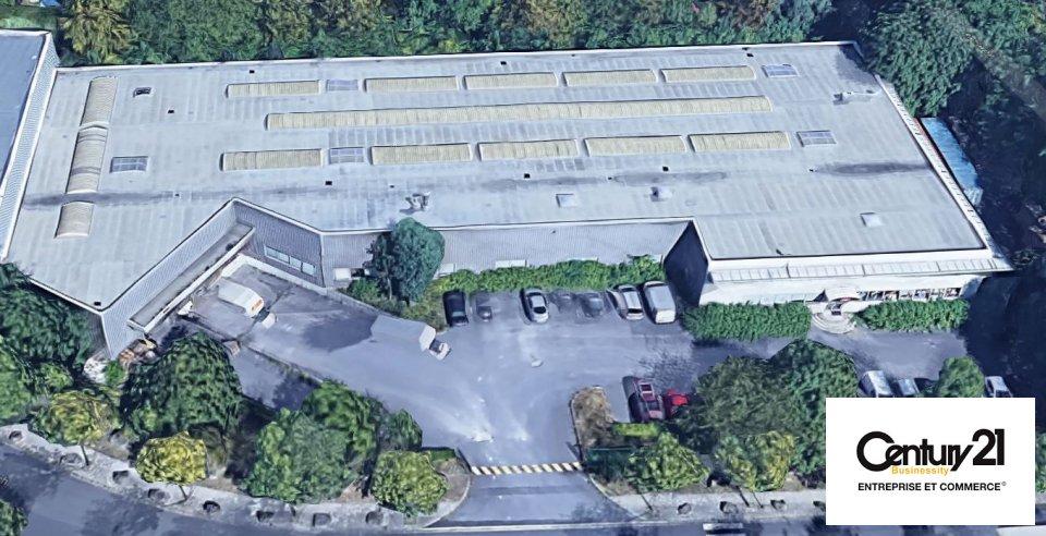 Entrepôt - 3000 m² - EMERAINVILLE