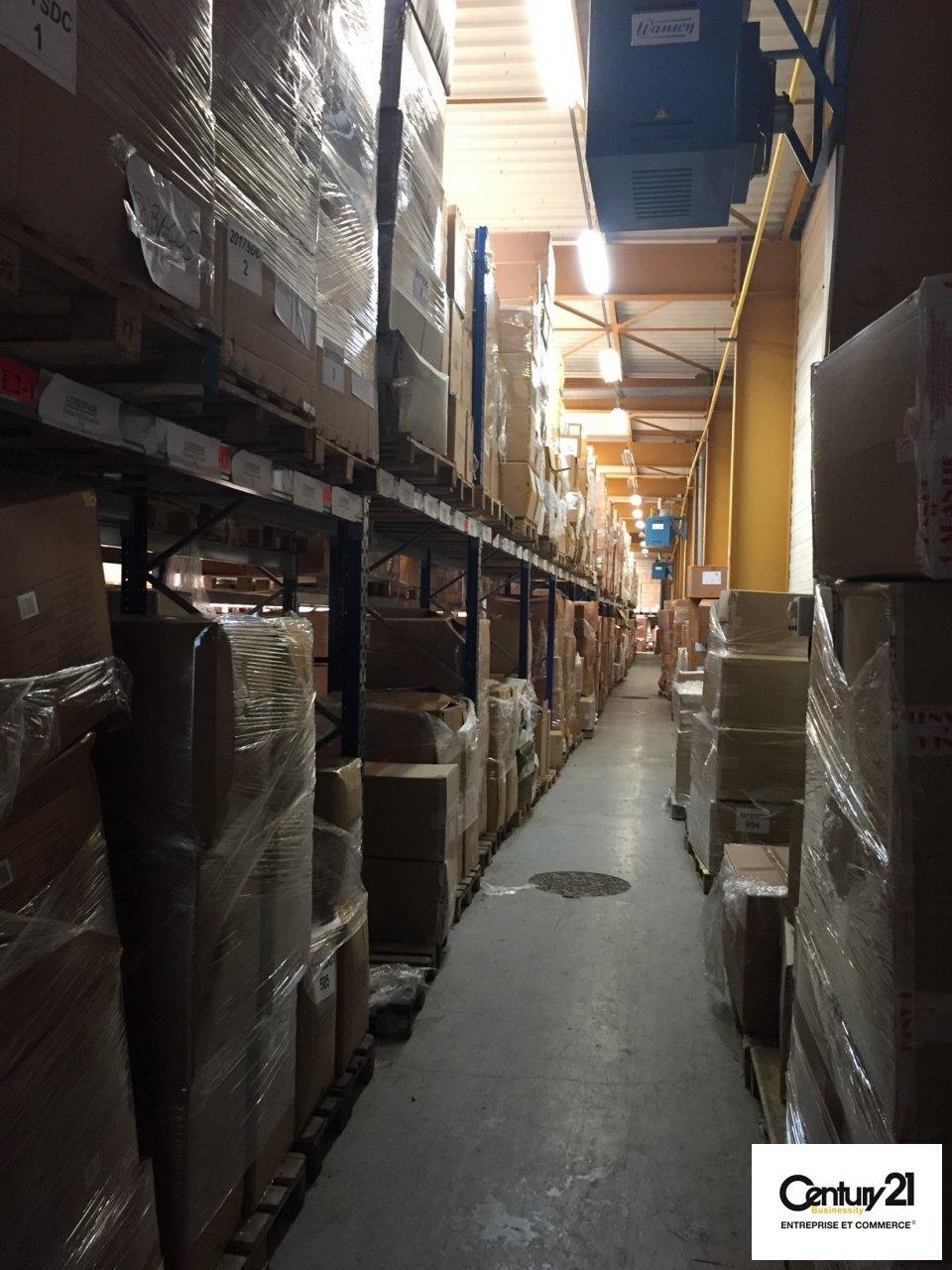 Entrepôt à louer - 3000.0 m2 - 77 - Seine-et-Marne