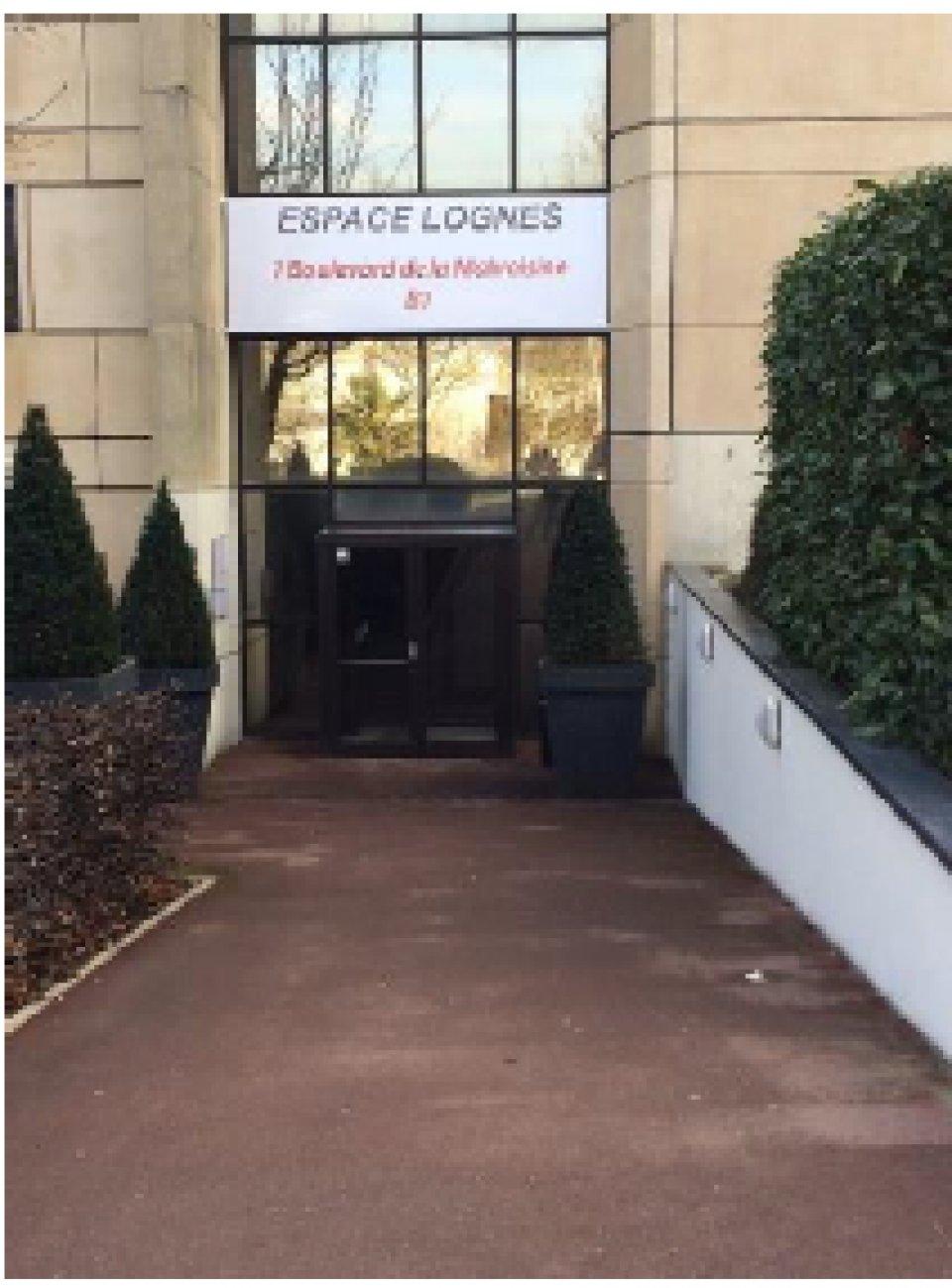 Bureaux à louer - 137.45 m2 - 77 - Seine-et-Marne