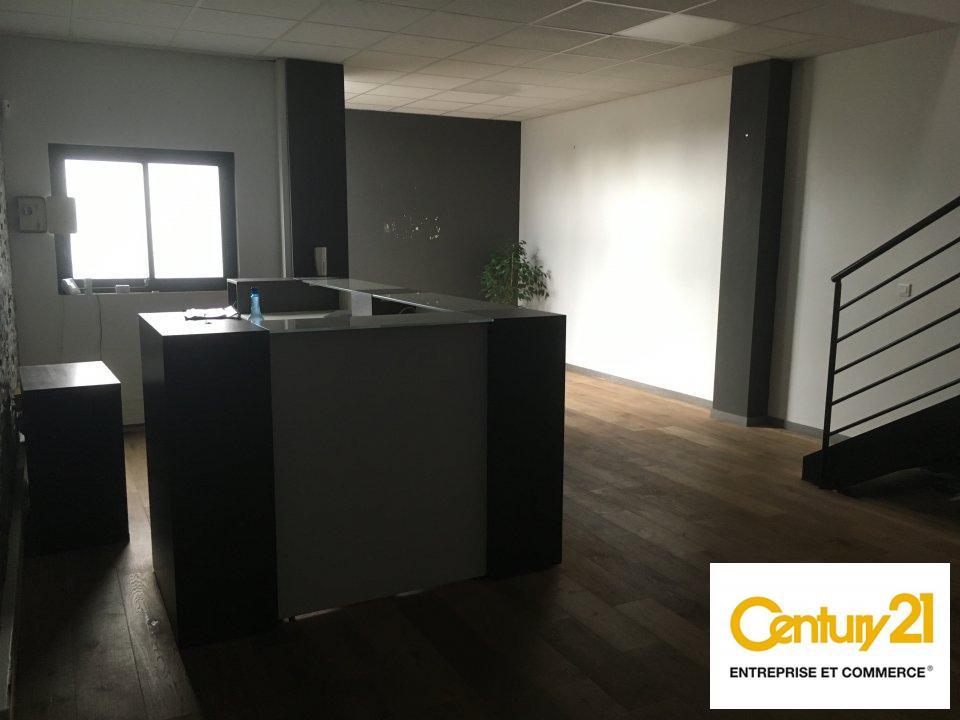 Bureaux à louer - 550.0 m2 - 77 - Seine-et-Marne
