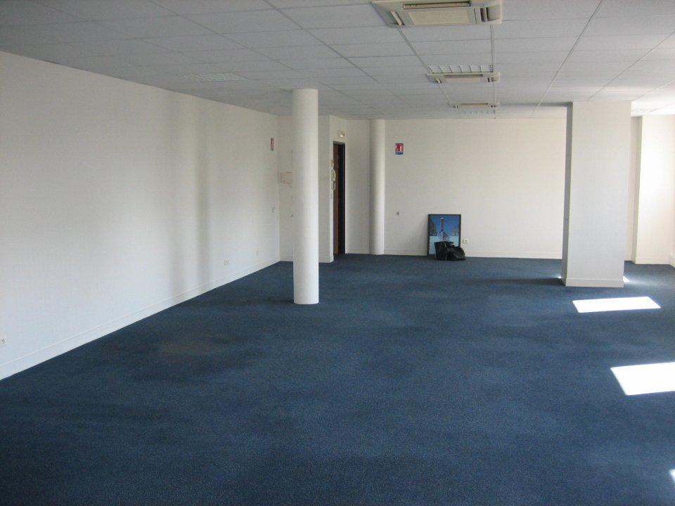 Bureaux à louer - 107.0 m2 - 77 - Seine-et-Marne
