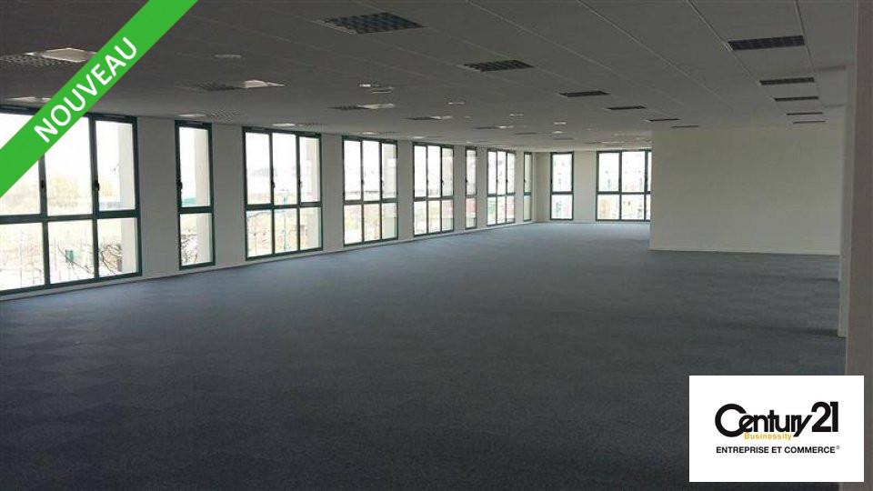 Bureaux - 621 m² - SERRIS