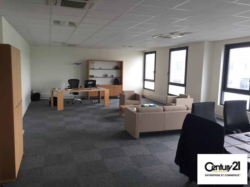 Bureaux à louer - 88.46 m2 - 77 - Seine-et-Marne