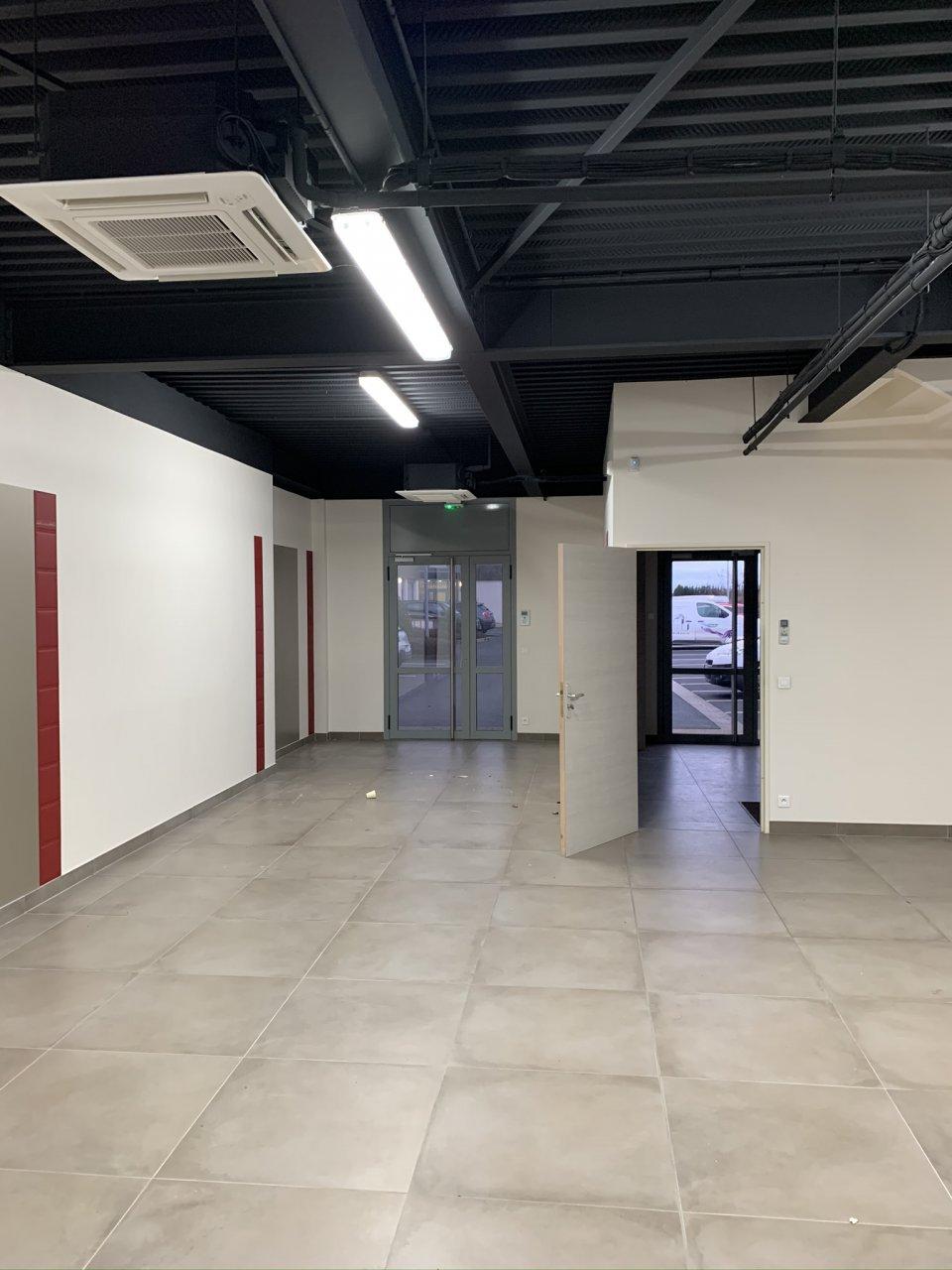 Local d'activité à louer - 130.0 m2 - 77 - Seine-et-Marne