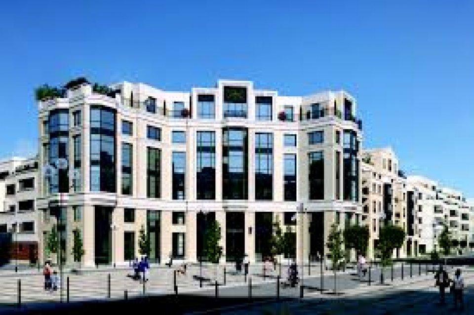 Bureaux à louer - 454.0 m2 - 77 - Seine-et-Marne