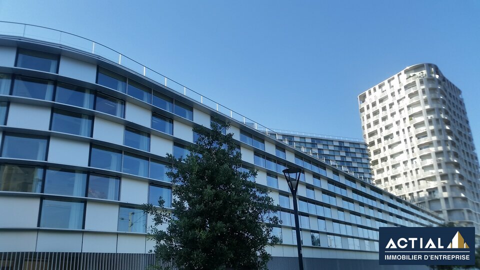 Location-Bureau-1343m²-NANTES-photo-1