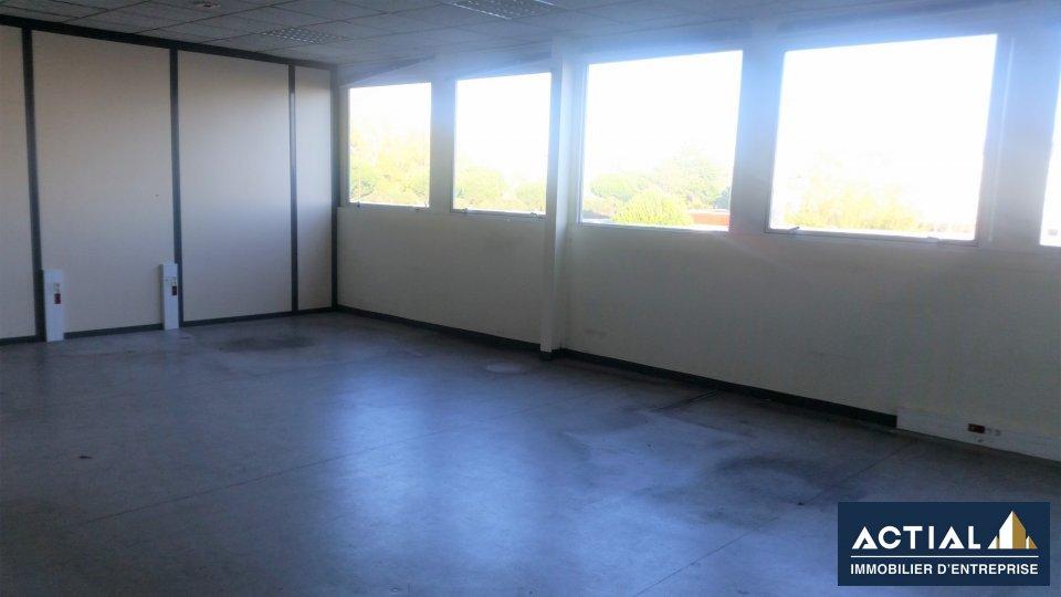 Location-Entrepôt - Local d'activité-2670m²-REZE-photo-3