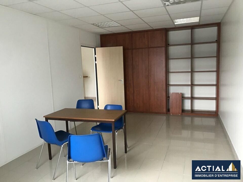 Location-Bureau-53.4m²-THOUARE SUR LOIRE-photo-1