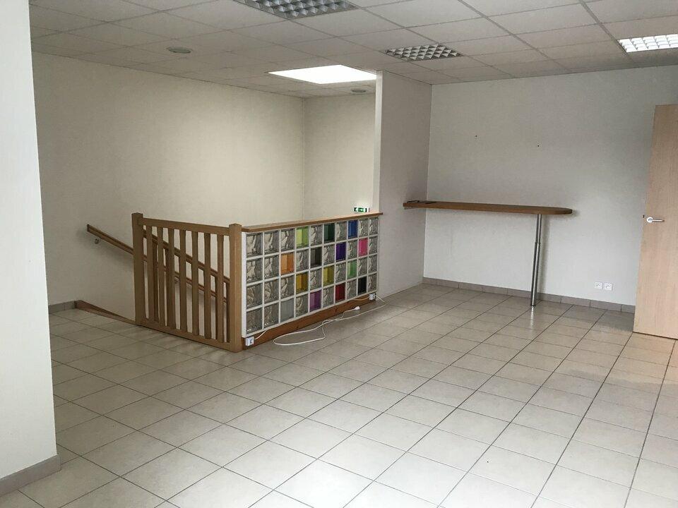 Location-Bureau-53.4m²-THOUARE SUR LOIRE-photo-4