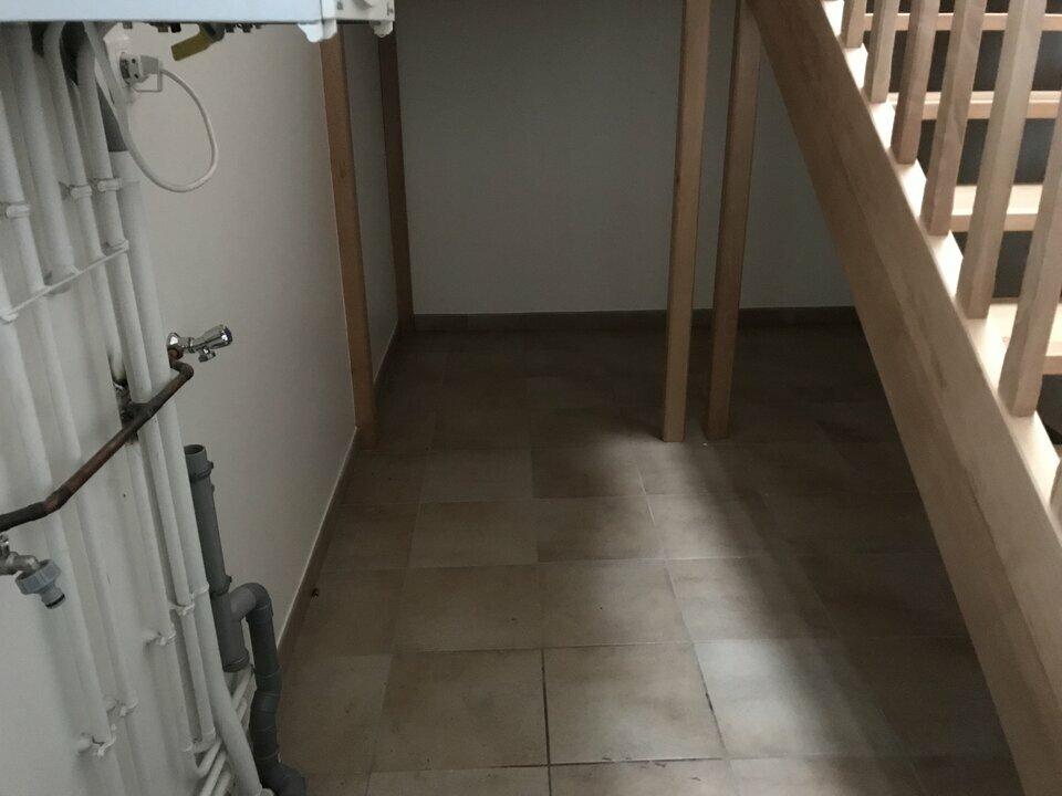 Location-Bureau-53.4m²-THOUARE SUR LOIRE-photo-6