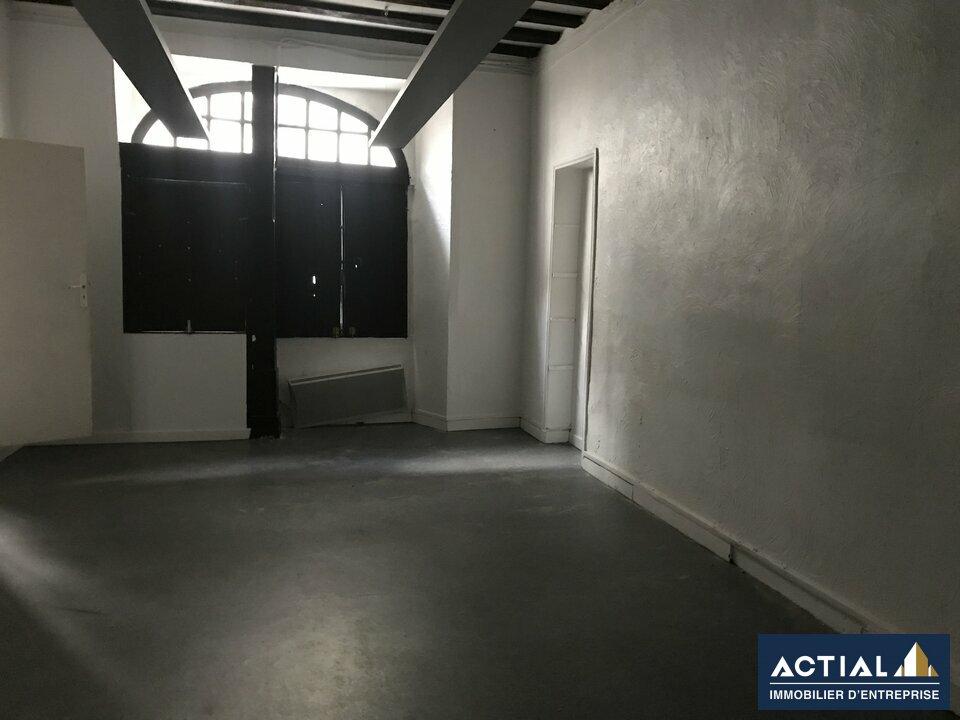 Location-Bureau-125m²-NANTES-photo-1