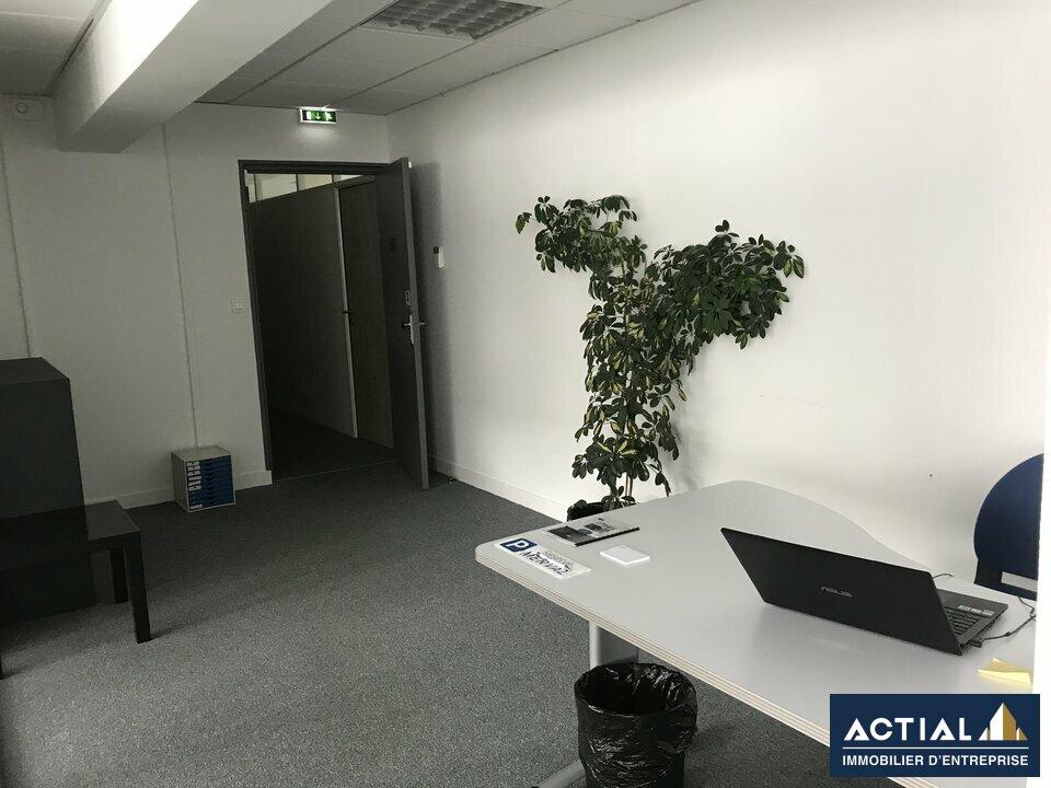 Location-Bureau-143m²-NANTES-photo-4