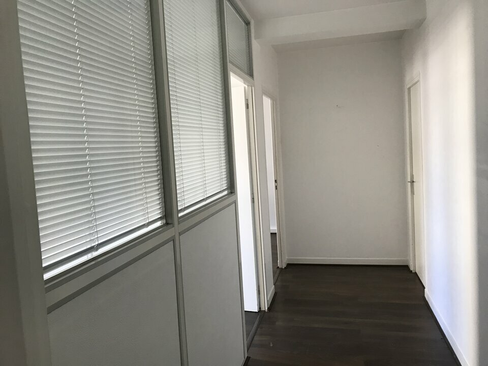 Location-Bureau-100m²-NANTES-photo-7