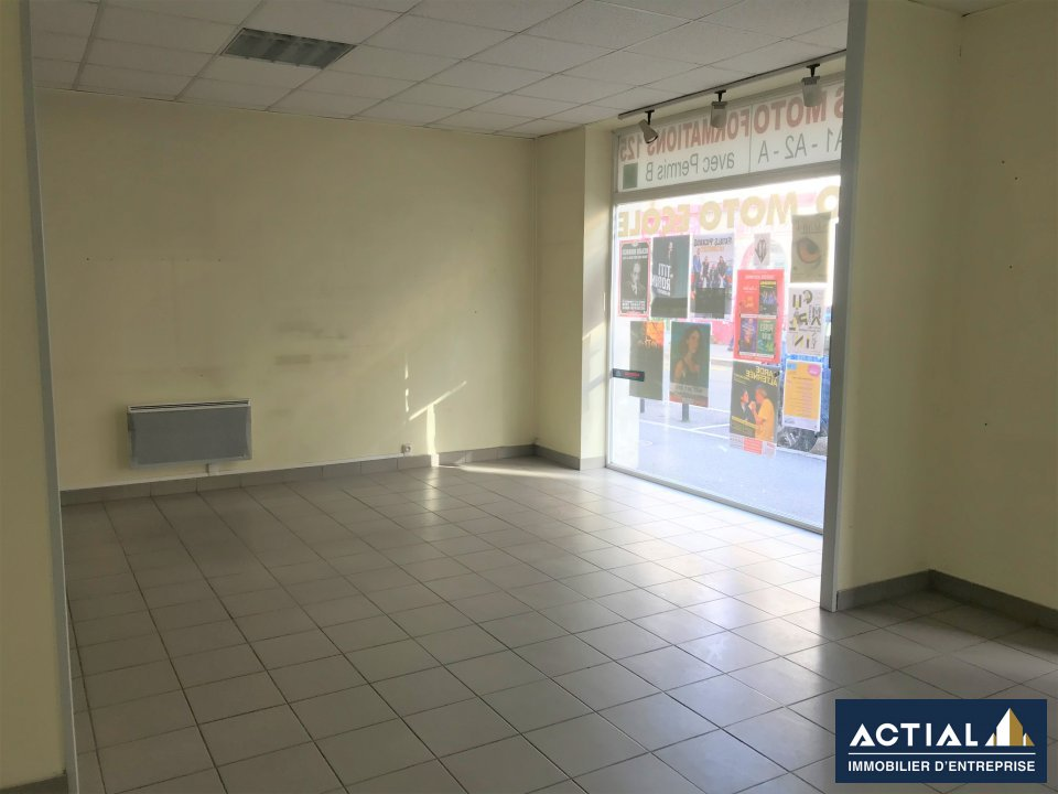 Location-Local commercial-53m²-NANTES-photo-1