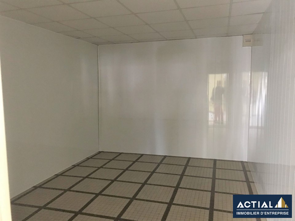 Location-Local commercial-53m²-NANTES-photo-4