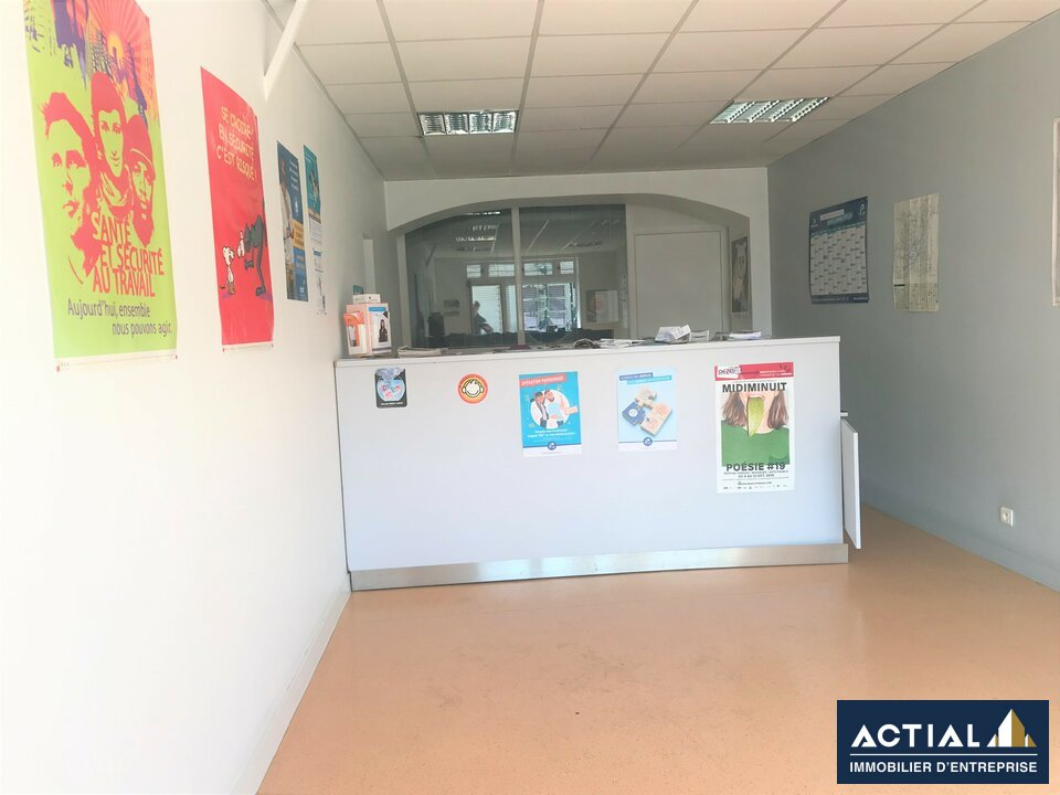 Location-Local commercial-69m²-NANTES-photo-3