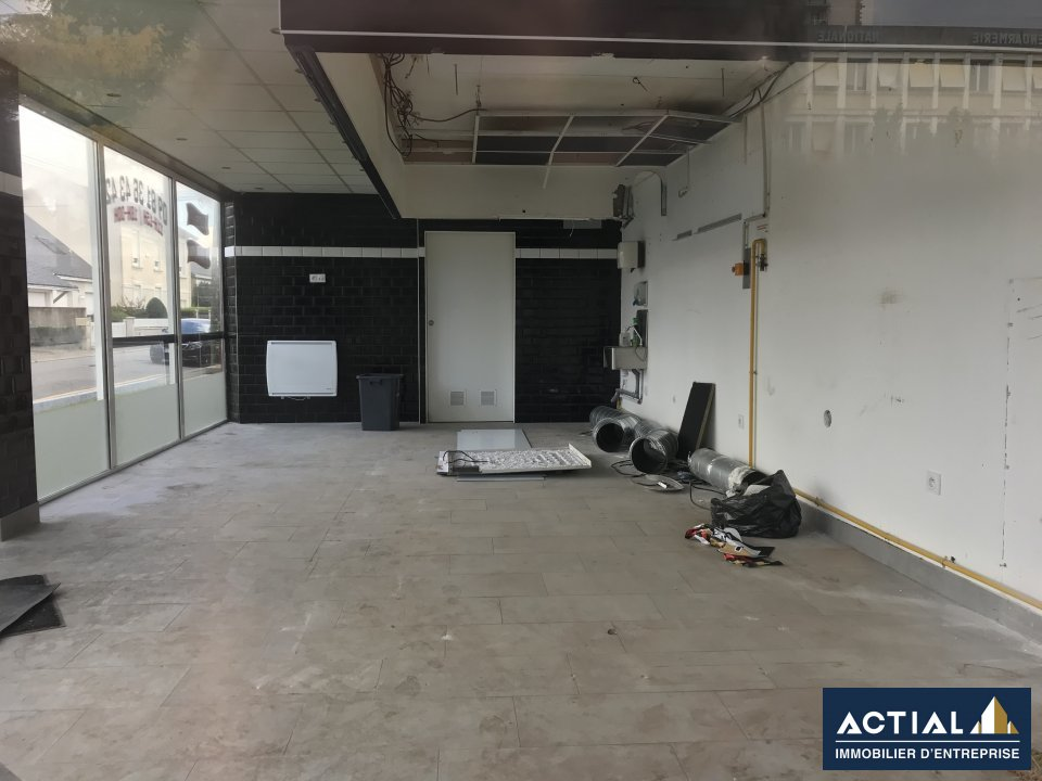 Vente-Local commercial-66m²-SAINT HERBLAIN-photo-1