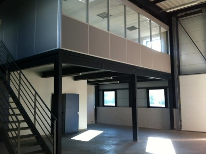 local-industriel-193m2-plaine-ain