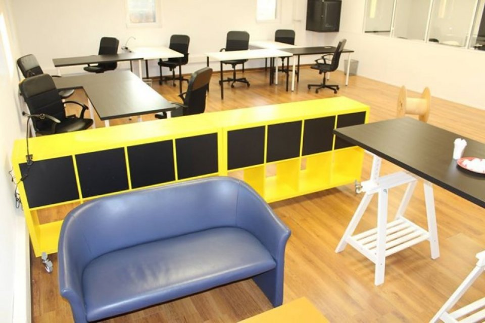 location-bureaux-cowork-tiersmix-dagneux