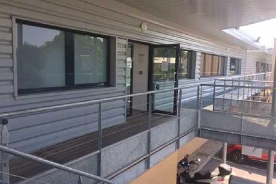 bureaux louer pr s du centre ville bourg en bresse 01. Black Bedroom Furniture Sets. Home Design Ideas