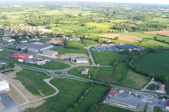 Terrains-en-zone-industrielle-a-vendre-dans-l-Ain