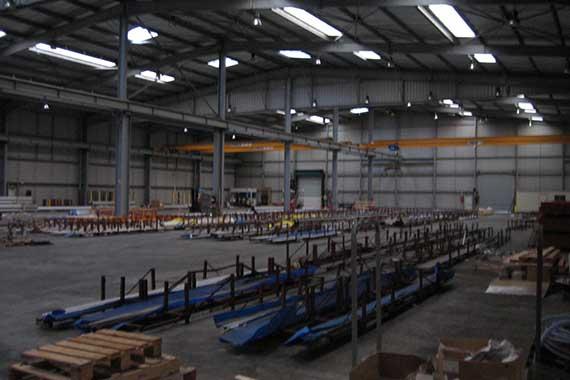vente-batiment-industriel-reyrieux-01
