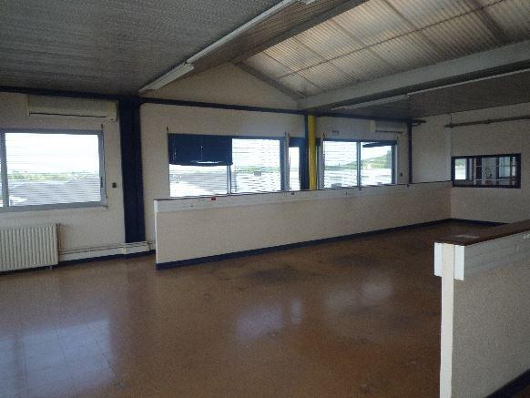 location-ateliers-ou-bureaux-2