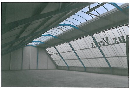 local-500m2-morbihan-56