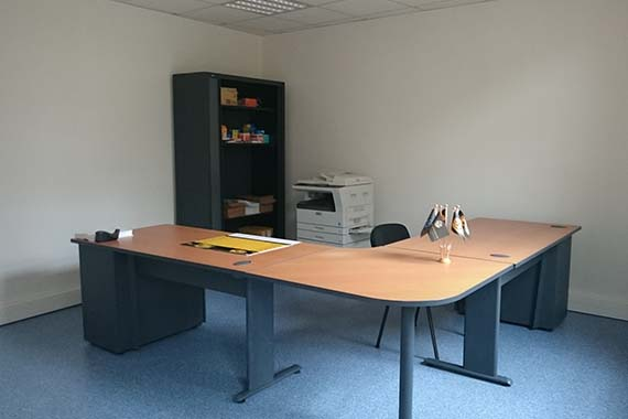 location de bureaux 92 m disponibles amiens. Black Bedroom Furniture Sets. Home Design Ideas