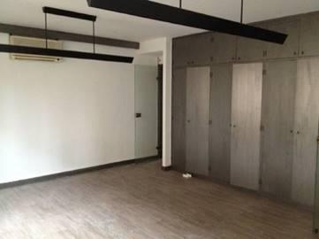 bureaux louer centre ville d 39 avignon s 39 implanter dans le vaucluse. Black Bedroom Furniture Sets. Home Design Ideas