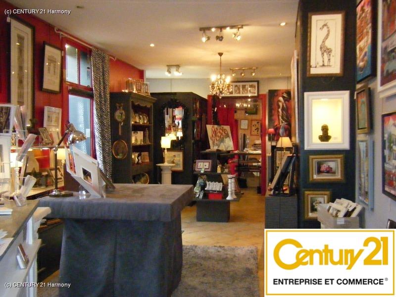 Local commercial à louer - 87.0 m2 - 72 - Sarthe