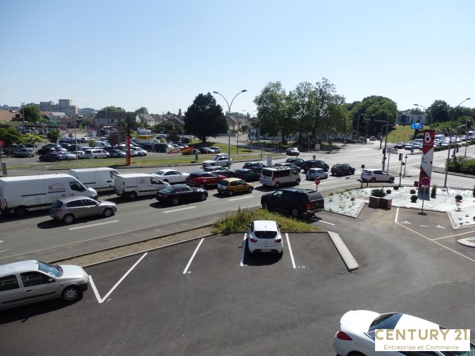 Location commerce - Sarthe (72) - 552.9 m²