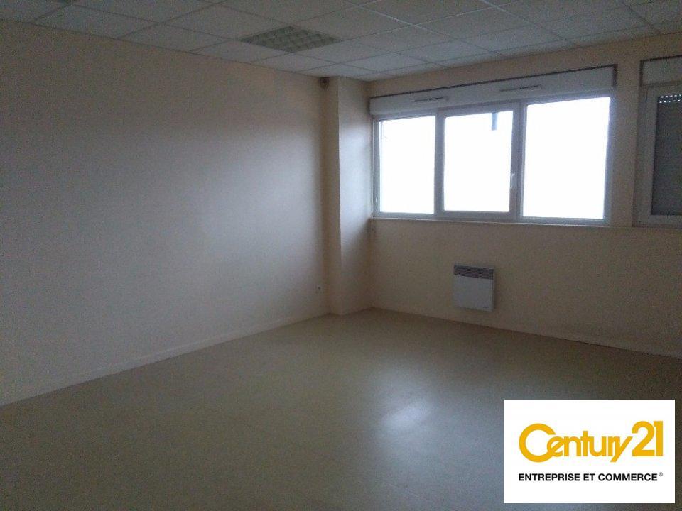 Bureaux à louer - 106.0 m2 - 72 - Sarthe