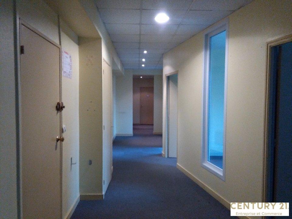 Bureaux à louer - 110.0 m2 - 72 - Sarthe