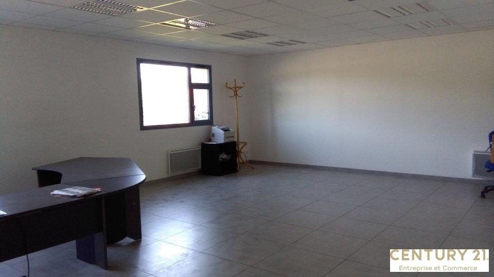 Local d'activité à louer - 1200.0 m2 - 72 - Sarthe