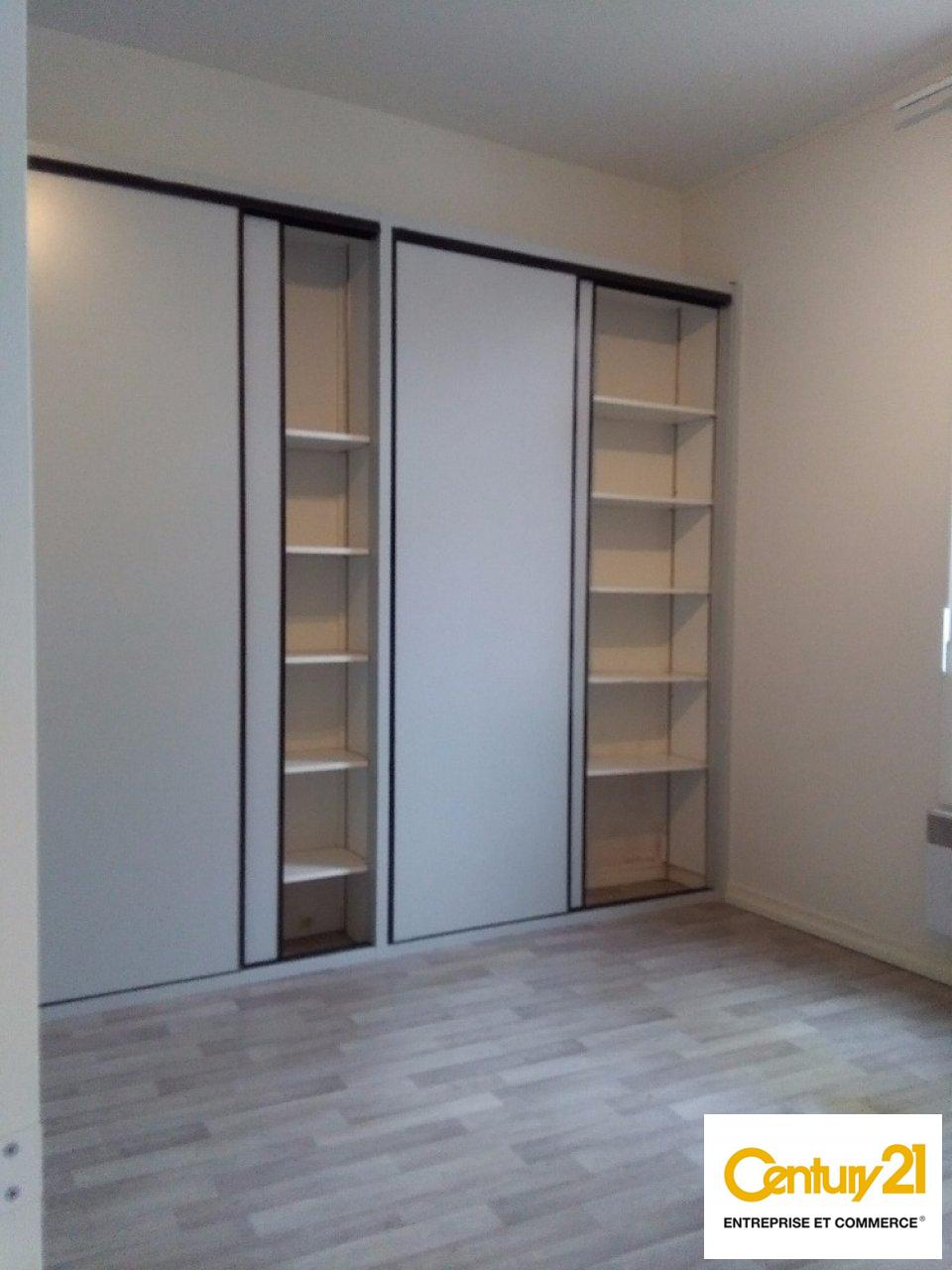 Bureaux à louer - 100.0 m2 - 72 - Sarthe