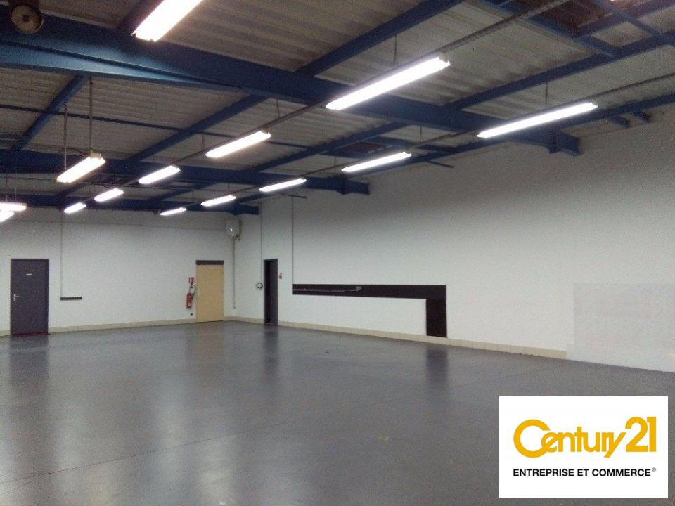 Local d'activité à louer - 235.0 m2 - 72 - Sarthe