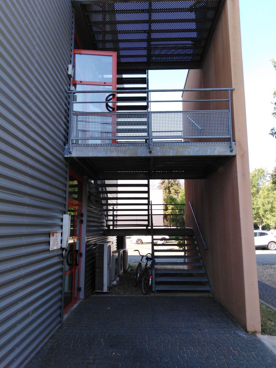 Bureaux à vendre - 49.0 m2 - 72 - Sarthe