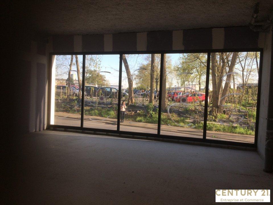 Location entreprise - Sarthe (72) - 167.8 m²