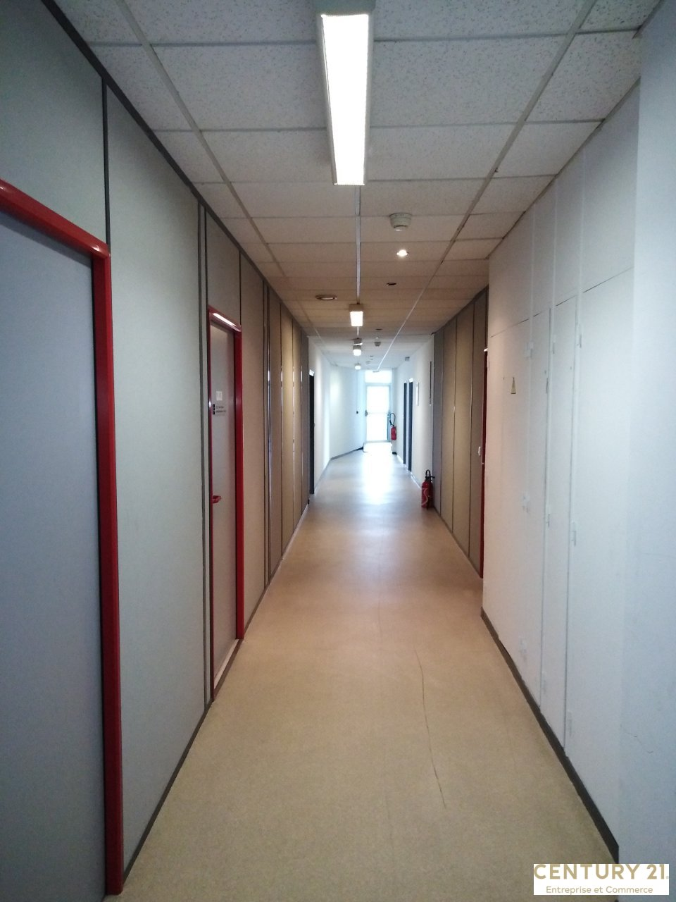Bureaux à vendre - 204.91 m2 - 72 - Sarthe