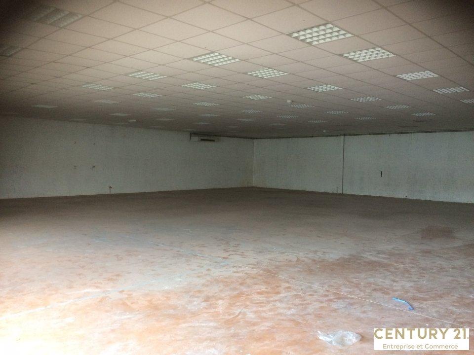 Local d'activité à louer - 435.0 m2 - 72 - Sarthe
