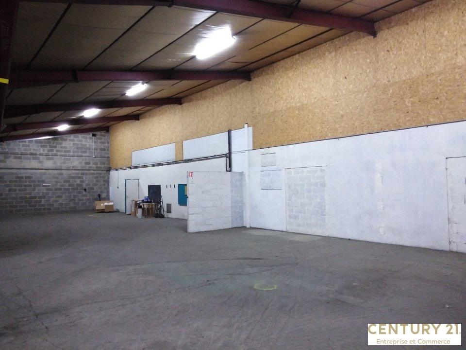 Local d'activité à louer - 1300.0 m2 - 72 - Sarthe