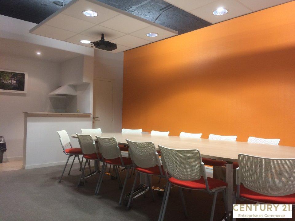 Location entreprise - Sarthe (72) - 172.0 m²