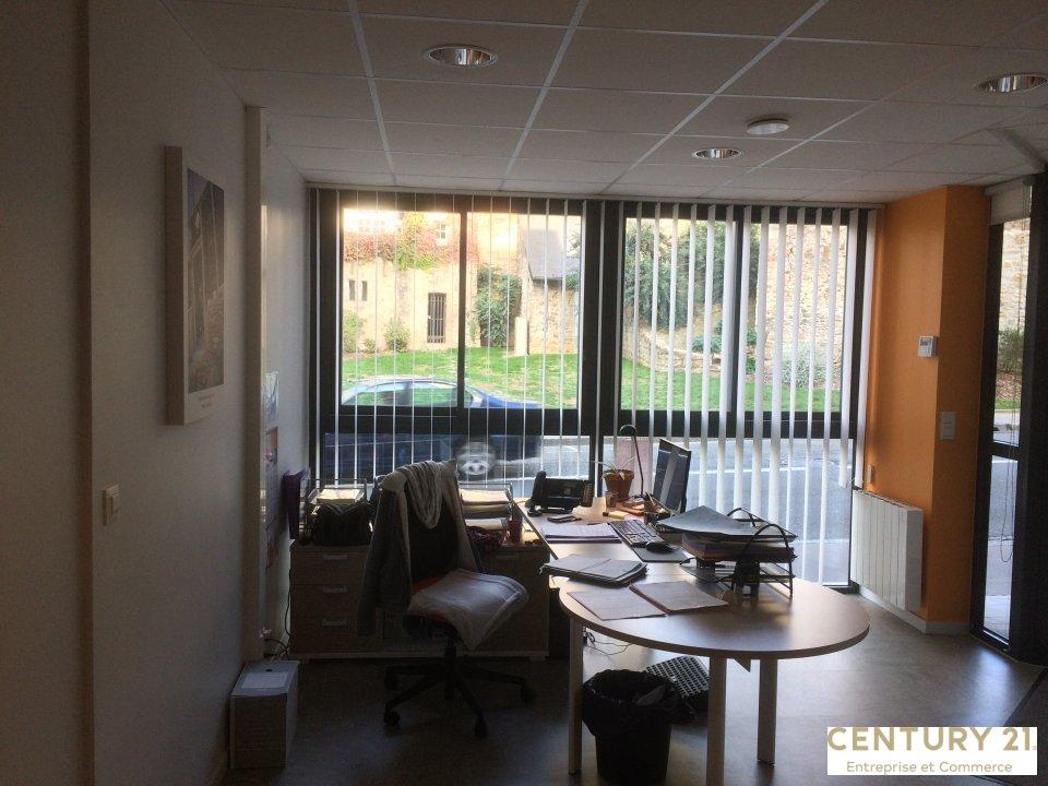 Bureaux à louer - 172.0 m2 - 72 - Sarthe