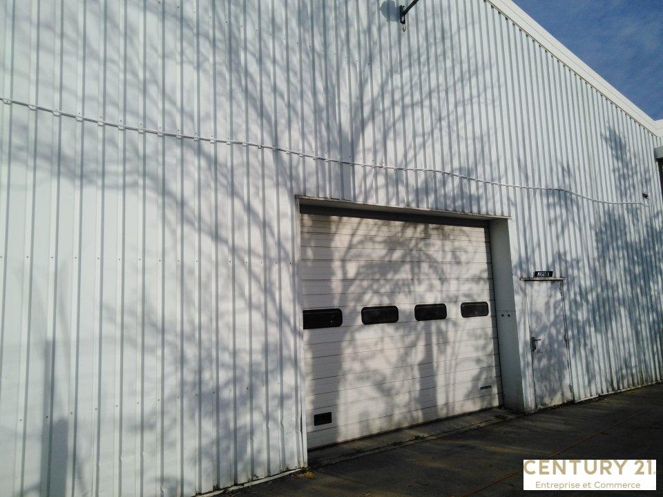Local d'activité à louer - 246.0 m2 - 72 - Sarthe