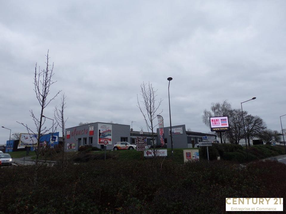 Local commercial à louer - 250.0 m2 - 72 - Sarthe