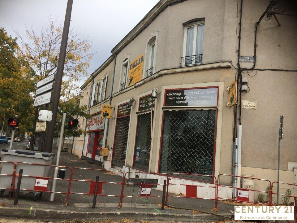 Local commercial à louer - 80.0 m2 - 72 - Sarthe