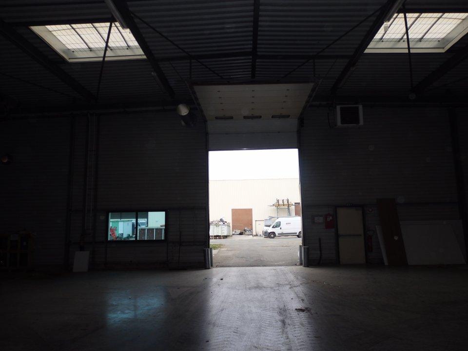 Local d'activité à louer - 1254.0 m2 - 72 - Sarthe