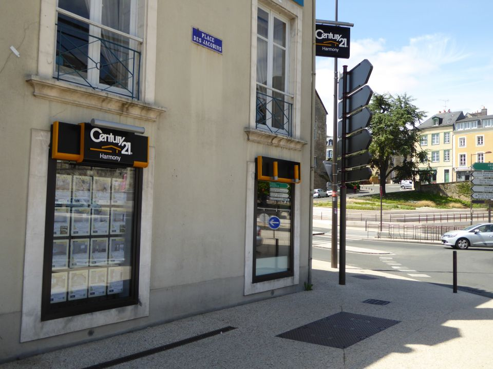 Local commercial à louer - 60.0 m2 - 72 - Sarthe
